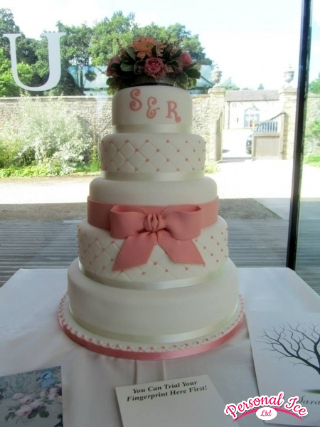 wedding cakes 2014 009.jpg