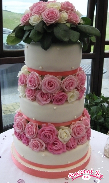 wedding cakes 2014 013.jpg